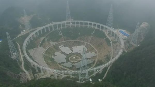 Toto video vysvětluje, proč Čína objeví mimozemšťany jako první - Sputnik Česká republika