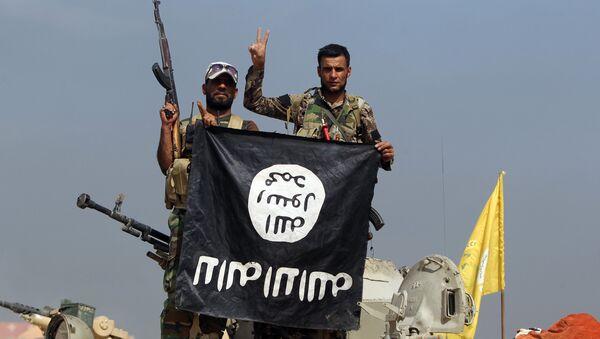 Iráčtí vojáci a ší'ité - Sputnik Česká republika
