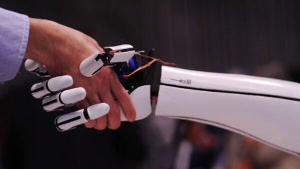 Protéz ruky japonské firmy Exiii - Sputnik Česká republika