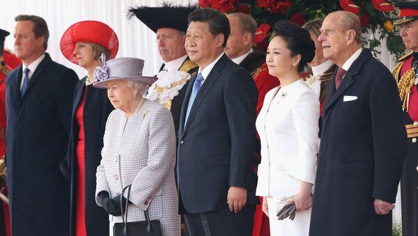 Britská královna Elizabeth II. během náštěvy čínského prezidenta v Londýně - Sputnik Česká republika