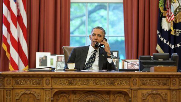 Americký prezident Barack Obama telefonuje Hassanu Rouhanimu - Sputnik Česká republika