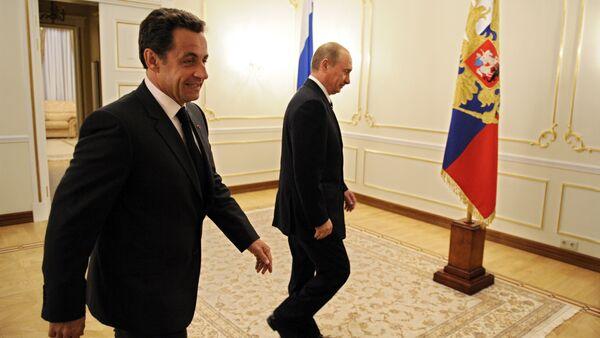 Vladimir Putin a Nicolas Sarkozy - Sputnik Česká republika