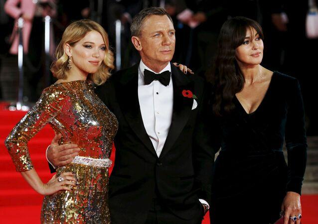 Lea Seydoux, Daniel Craig a Monica Bellucci. Ilustrační foto