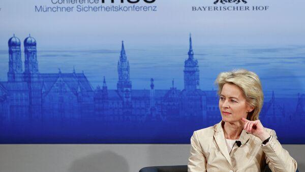 Ministryně obrany SRN Ursula von der Leyenová - Sputnik Česká republika