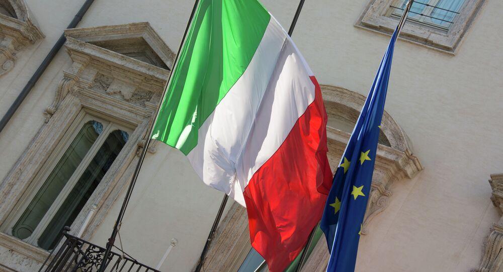 Vlajky Itálie a EU