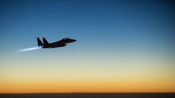 Americká stíhačka F-15E  - Sputnik Česká republika