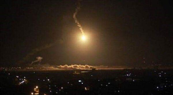 Bombardování hlavního města Jemenu - Sputnik Česká republika