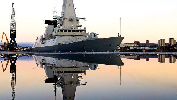 Loď britského královského námořnictva HMS Defender - Sputnik Česká republika