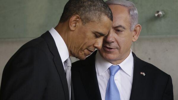 Izraelský premiér Benjamin Netanjahu odletěl do USA, přičemž hlavní je na programu jeho nadcházejících jednání s prezidentem Barackem Obamou - Sputnik Česká republika