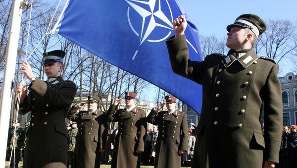 Vlajka NATO - Sputnik Česká republika