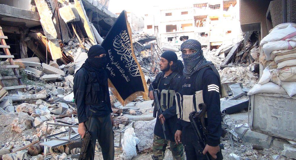 Bojovníci Fronty an-Nusrá, teroristická organizace která je zakázaná v Rusku