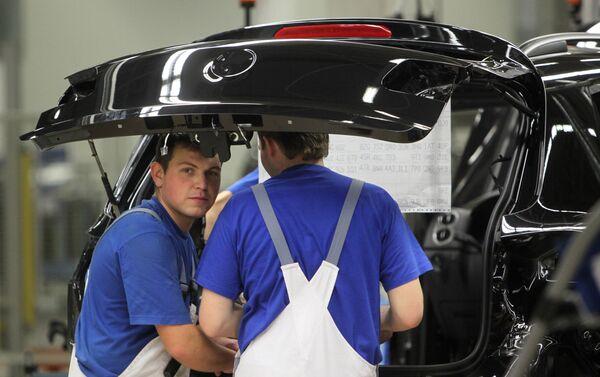 Práce závodu Volkswagen v Kaluze - Sputnik Česká republika