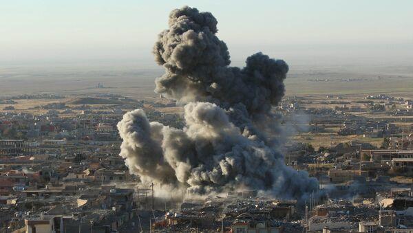 Útok amerického letectva v Sindžáru - Sputnik Česká republika