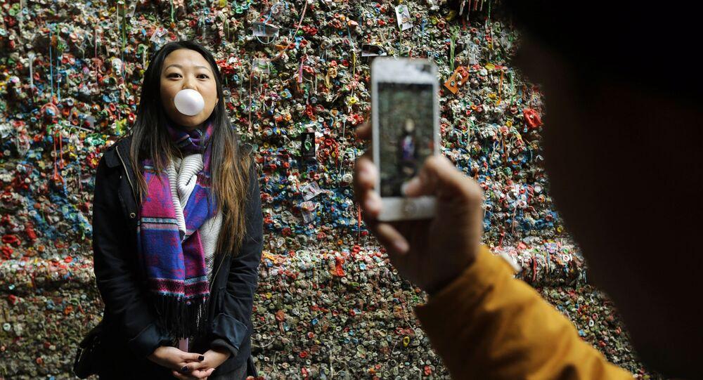 Fotografie vedle žvýkačkové zdi v Seattlu