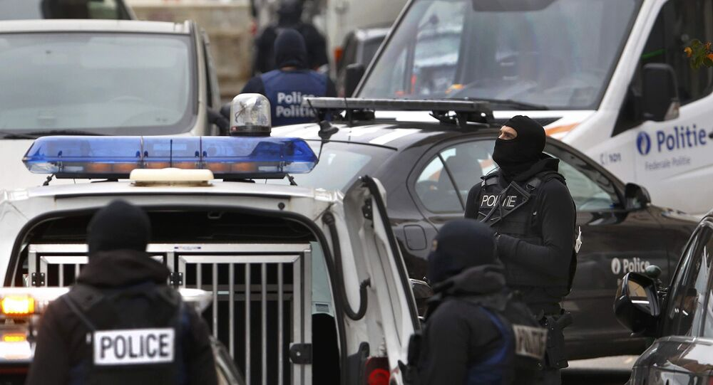 Belgická policie ve čtvrti Molenbeek