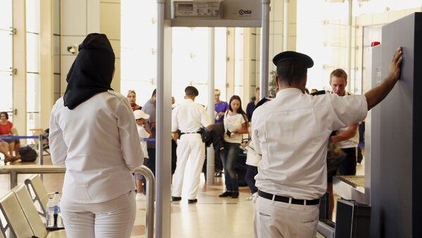 Bezpečnostní kontrola na letišti - Sputnik Česká republika