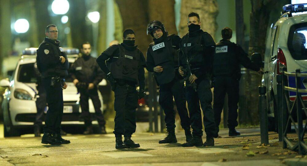 Operace v Paříži