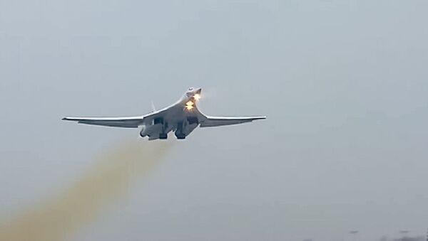 Ruský Tu-160 - Sputnik Česká republika