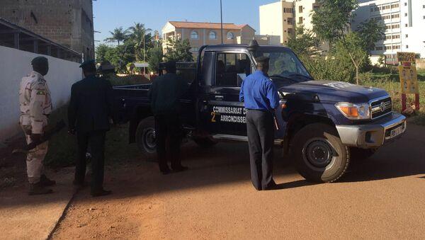 Vojáci v blízkosti hotelu Radisson Blu. Bamako, Mali  - Sputnik Česká republika