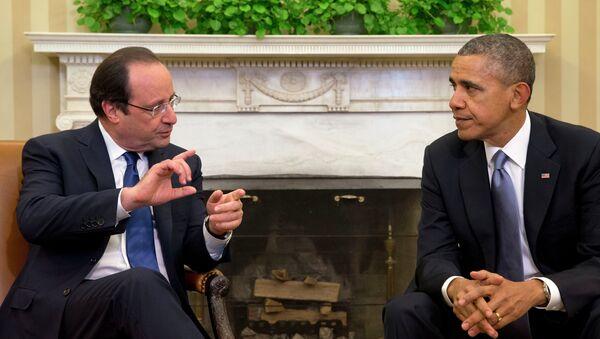 Francois Hollande a Barack Obama - Sputnik Česká republika
