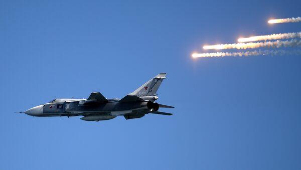Bombardér Su-24 - Sputnik Česká republika