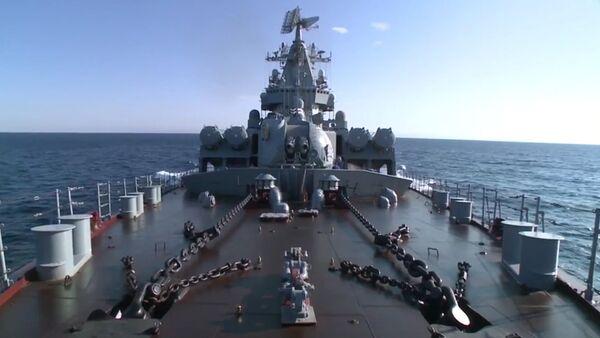 Ruský křižník Moskva dorazil k pobřeží Lázikíje - Sputnik Česká republika