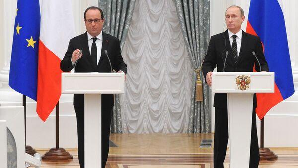 Francois Hollande a Vladimir Putin - Sputnik Česká republika