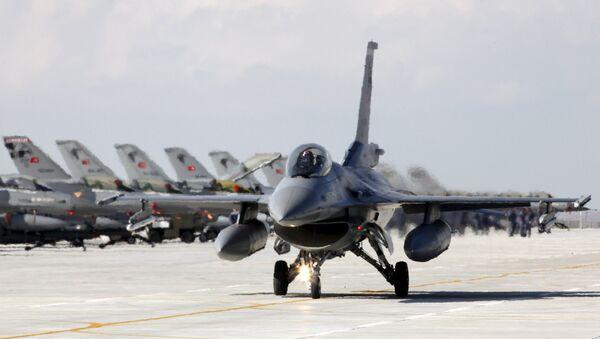 Turecké F-16 - Sputnik Česká republika
