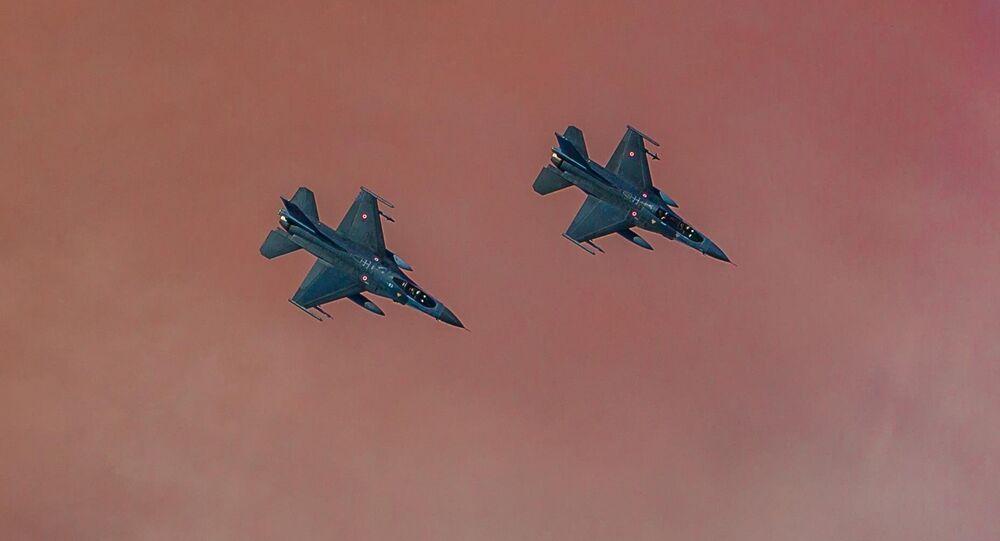 Turecké stíhačky F-16