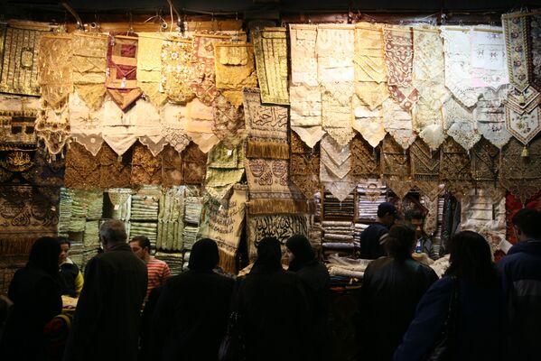 Největší zastřešené tržiště v zemi Souq al-Hamidiyah. - Sputnik Česká republika