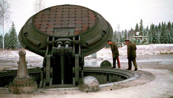 Topol-M - Sputnik Česká republika