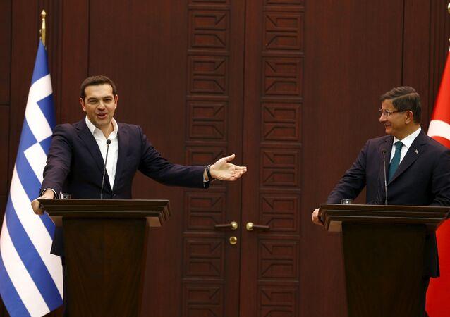 Alexis Tsipras a Ahmet Davutoglu