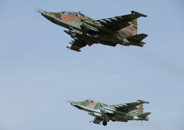 Jaké zbraně používá Rusko proti Daiš?