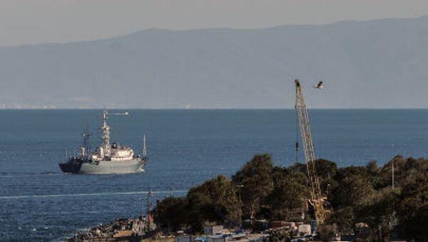 Русский военный корабль в водах Средиземного моря у пролива Босфор, у берегов Турции - Sputnik Česká republika