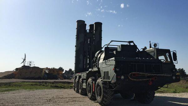 S-400 na základně Hmeimim v Sýrii - Sputnik Česká republika