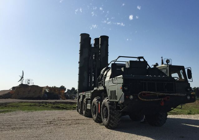 S-400 na základně Hmeimim v Sýrii