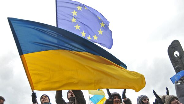 Vlajky EU a Ukrajiny - Sputnik Česká republika