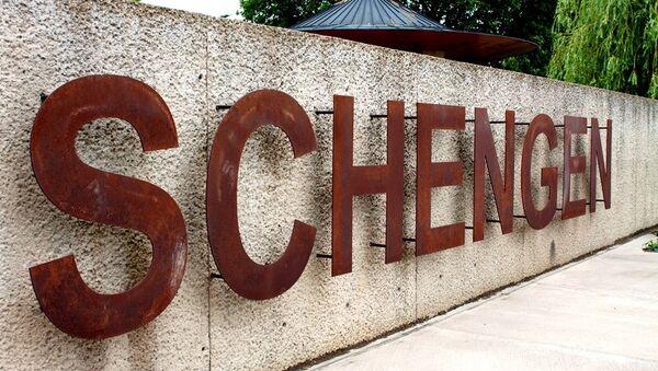 Schengen sign - Sputnik Česká republika