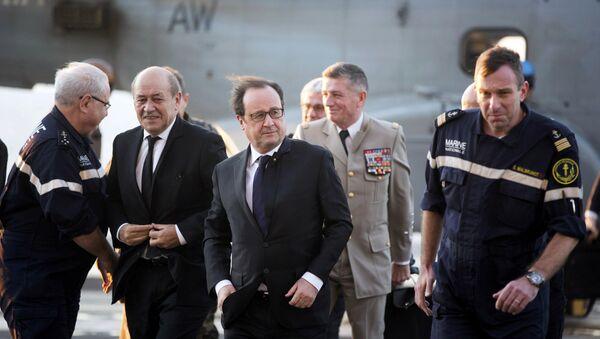Francois Hollande - Sputnik Česká republika