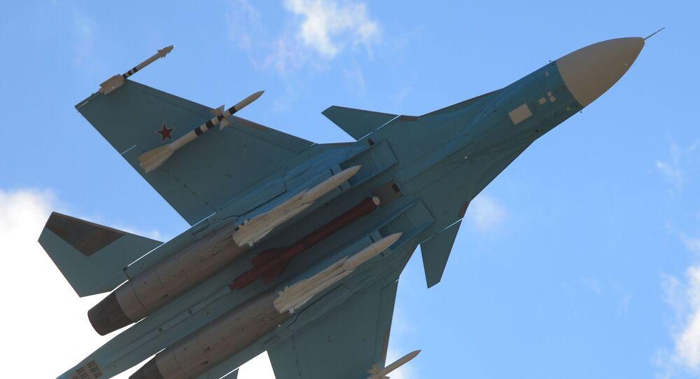 Su-34 je určen k řešení účelů bojového použití proti vzdušným, pozemním, mořským a nadvodním cílům
