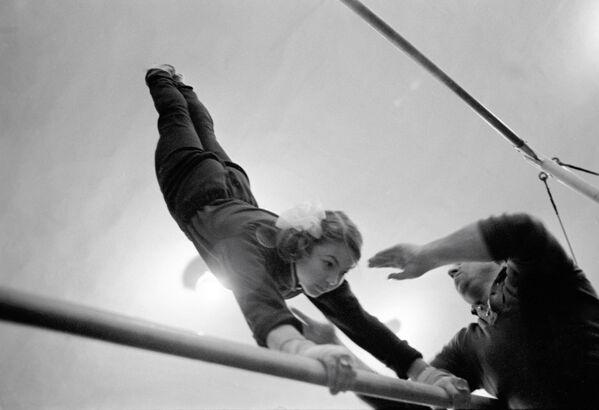 Sovětské gymnastky: krása, grácie, železná výdrž - Sputnik Česká republika