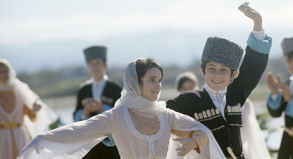 Papacha (vysoká kožešinová čepice) – symbol cti a důstojnosti muže na Kavkaze