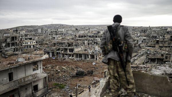 Voják v Kobani, Sýrie - Sputnik Česká republika