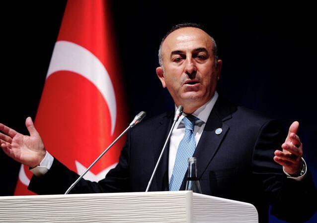 Turecký ministr zahraničních věcí Mevlüt Çavuşoğlu