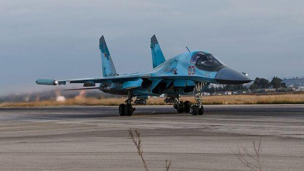 Ruský bombardér Su-34 - Sputnik Česká republika