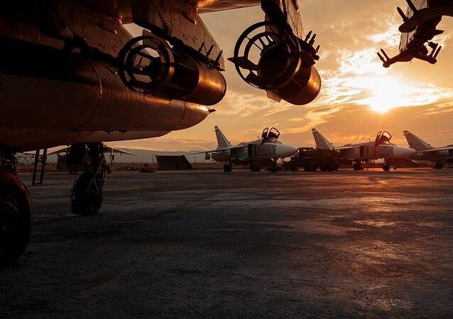 Ruská vojenská letadla na základně Hmeimim