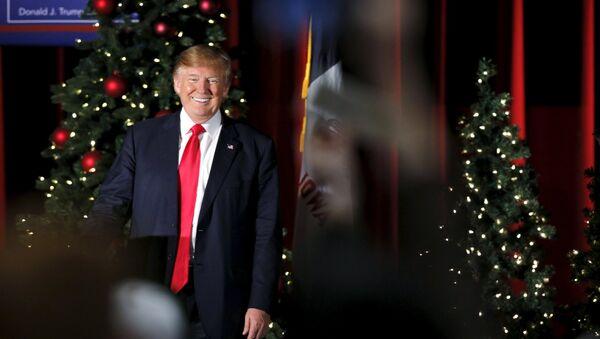 Kandidát na prezidenta Spojených států za Republikánskou stranu Donald Trump - Sputnik Česká republika