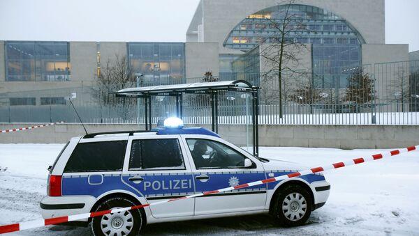 Policie u kanceláře Angely Merkelové v Berlíně, 6. ledna 2016 - Sputnik Česká republika
