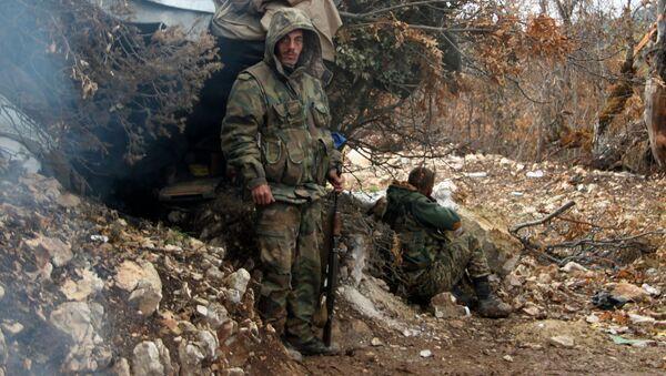 Syrští vojáci na severu Lázikíje - Sputnik Česká republika
