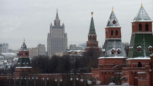 Pohled na moskevský Kreml a budovu MZV RF - Sputnik Česká republika